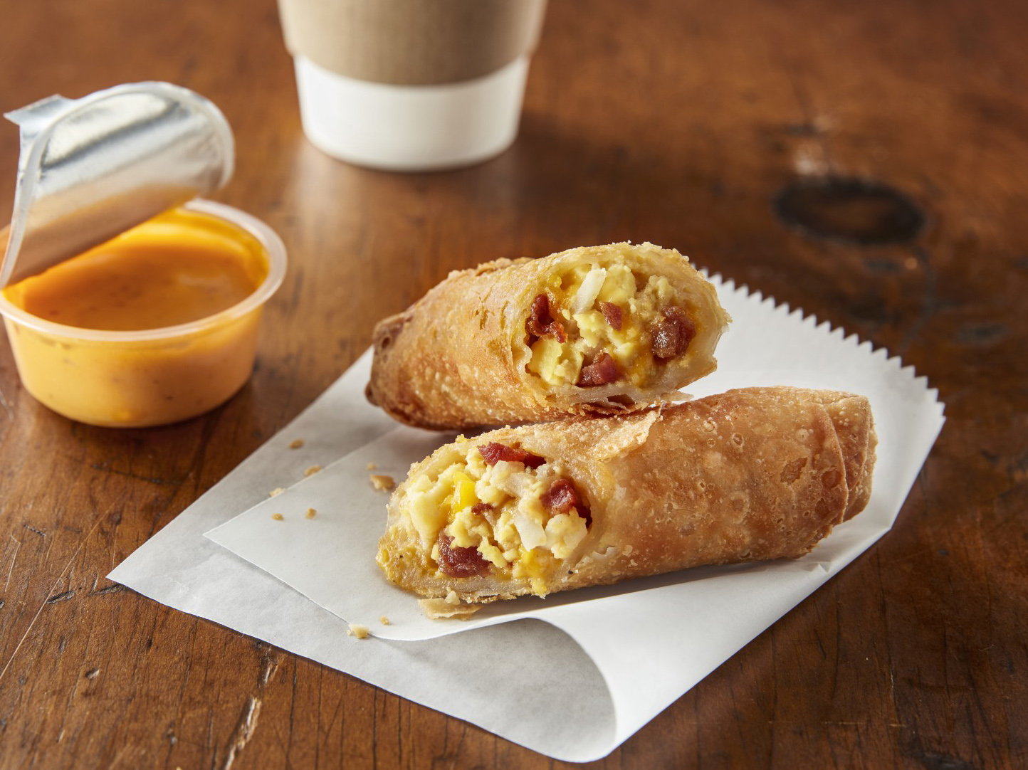 minh_3_oz_bacon_egg_and_cheese_breakfast_rollers-69540